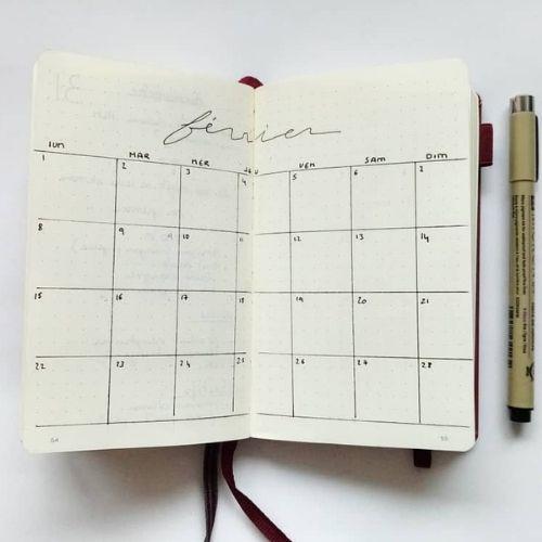 minimalist bullet journal monthly